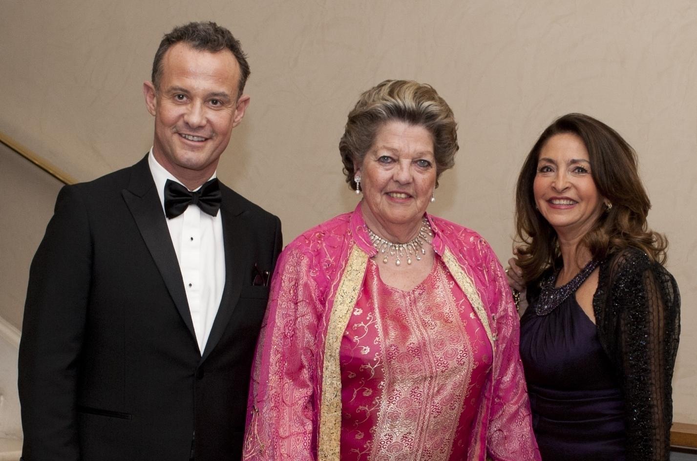 Francis BAILLET, président du Cercle Montherlant - S.A.R la princesse Chantal de FRANCE - Nicole GUEDJ, présidente de la fondation France Israël