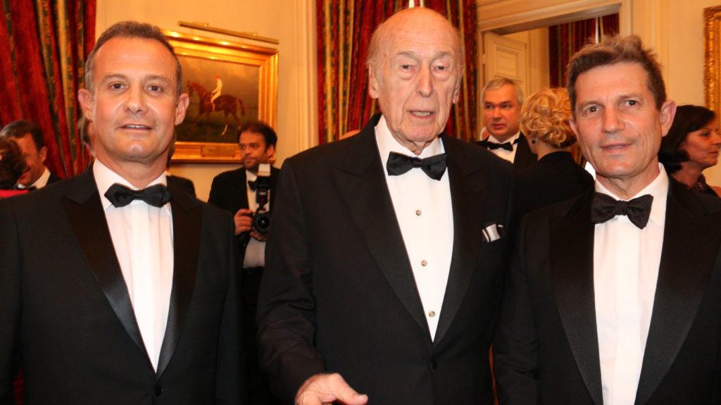 Francis BAILLET, avocat à la Cour - Valéry GISCARD D'ESTAING, ancien président de la République - Louis GAUTIER, secrétaire général de la défense et de la sécurité nationale