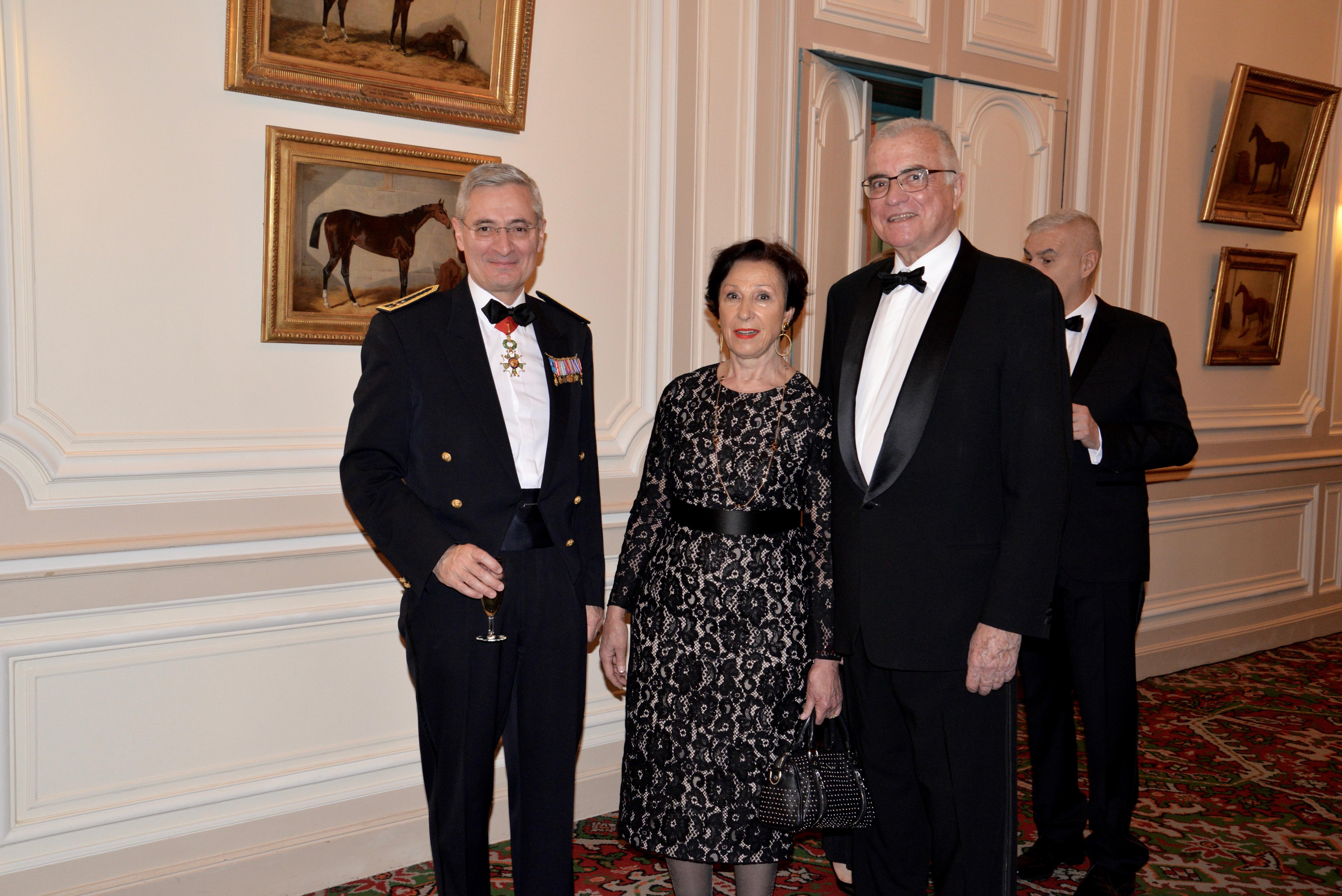 Le Gouverneur des Invalides, le Général d'Armée Christophe DE SAINT-CHAMAS - Mme THORETTE - le Général d'Armée Bernard THORETTE